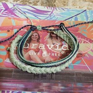 2 Pura Vida Bracelets